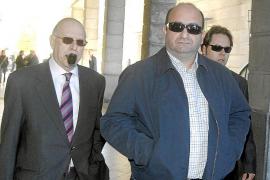 El exchófer de Guerrero ratifica que se gastaban 25.000 euros al mes en cocaína