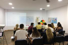 'PLIS' acusa a los colegios diocesanos concertados de «imponer la inmersión obligatoria en catalán»