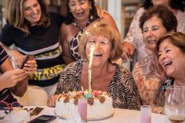 La celebración de los 69 veranos de Toñi
