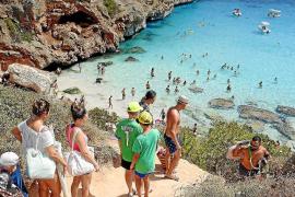 Santanyí declara es Caló des Moro libre de alcohol y humos para reducir la saturación