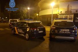 Arrestada por dar un puñetazo a un policía del puerto de Palma
