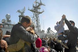 España participará en los ataques europeos contra bases piratas