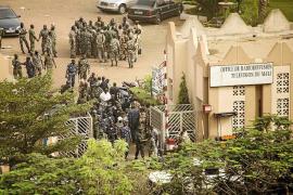 Golpe de Estado en Mali contra el presidente Ture, en paradero desconocido