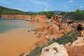 La DANA vuelve con fuerza a Ibiza y provoca numerosos incidentes en la isla