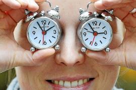 El cambio al horario de verano afecta más a trasnochadores, ancianos y niños
