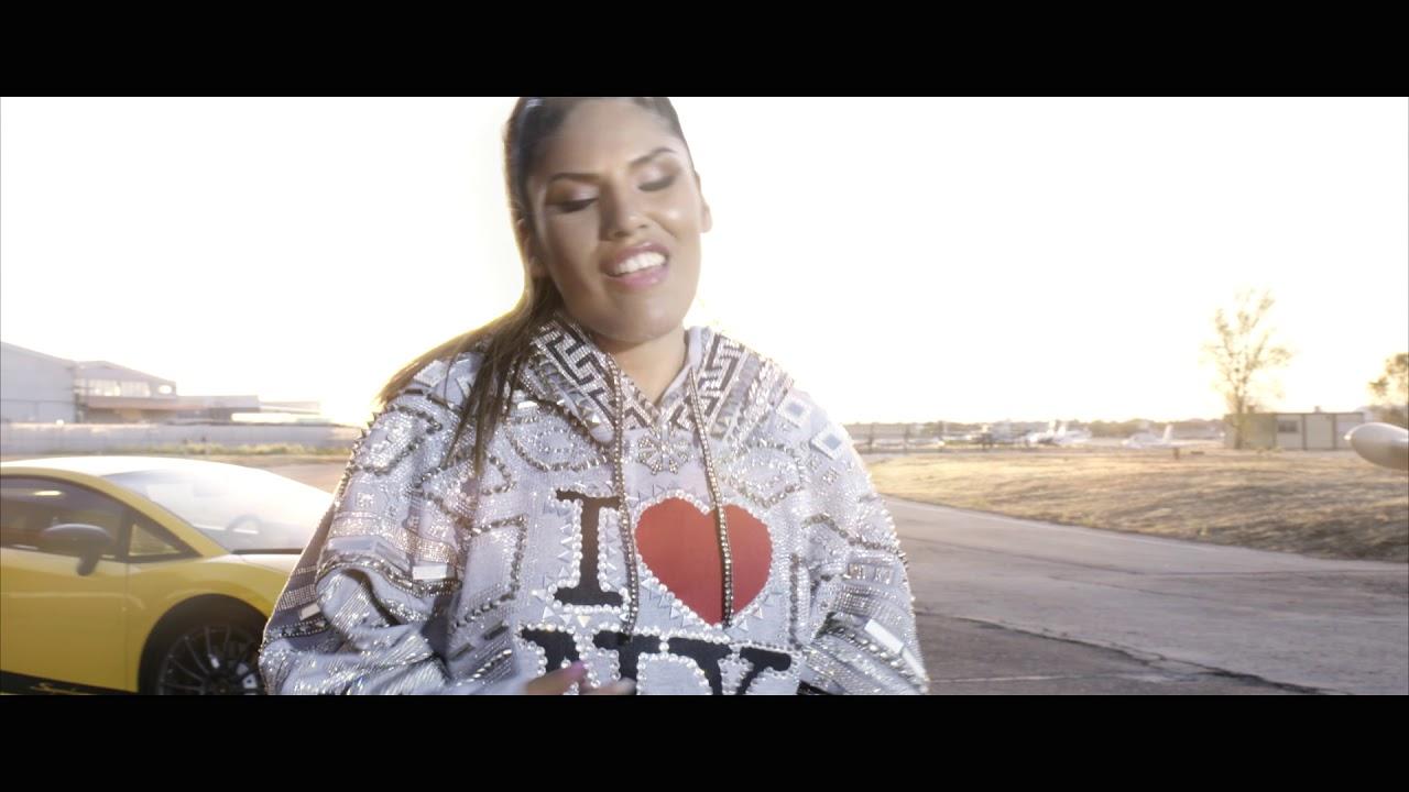 La hija de Isabel Pantoja se estrena como cantante con el reggaeton 'Ahora estoy mejor'