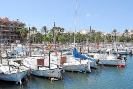 Los pescadores profesionales exigen al Govern más controles a los recreativos