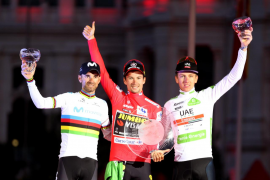 Roglic da el gran salto en Madrid, Valverde «orgulloso» del segundo puesto