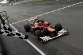 Alonso: «Ha sido una carrera increíble»