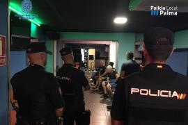 Abren 4 actas por posesión de armas en tres locales de Palma