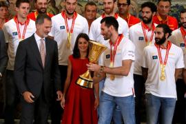 Los reyes reciben en audiencia a la selección española de baloncesto