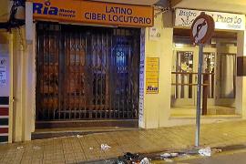 Arrestados dos turistas por dar una paliza al dueño de un locutorio de Cala Rajada