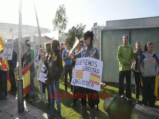 Manifestación histórica en defensa del catalán