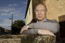 El monje Josep Massot obtiene el Premio de Honor de las Letras  Catalanas 2012