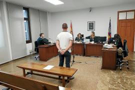 Absuelto por amenazar a una testigo del 'caso Cursach'