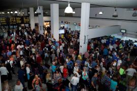 La quiebra de Thomas Cook afecta a 150.000 turistas, 53.000 en España