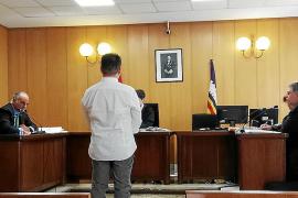 Un año de cárcel para un dentista de Palma por abusar de una menor