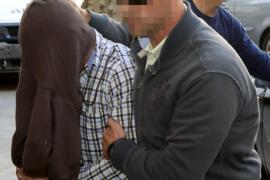 El inspector de policía detenido había sido expedientado dos veces en los últimos 20 días