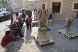 Retiran las campanas de Mancor de la Vall para restaurarlas en Valencia
