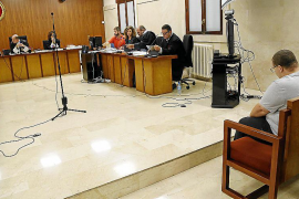 El exmonitor de Sant Agustí eliminó las fotos y vídeos que hizo a las víctimas