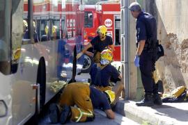 Accidente mortal en Palma entre un motorista y un autobús de la EMT