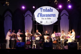 Gran éxito de público en la edición más folklórica de la Trobada d'Haveneres de Sóller
