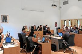 Formentera insta al Govern a desarrollar una ley que ordene el transporte marítimo
