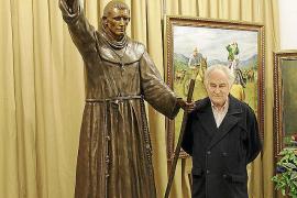 Miguel Garau crea una escultura de Fray Junípero Serra para el colegio Montesión