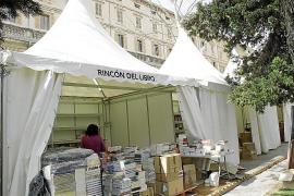 La Fira del Llibre Antic regresa con 30.000 volúmenes