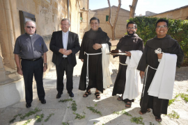 La llegada de dos frailes mexicanos permite reabrir el convento de Sant Bernardí