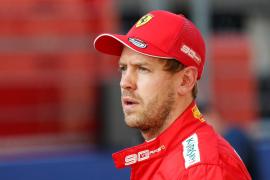 Vettel critica que cuando salió de boxes «me faltaba potencia en el coche»