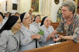 Las monjas agustinas se despiden con el calor y el cariño de Campanet