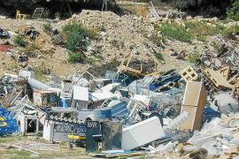 La empresa que gestiona los escombros pide más años de concesión para bajar las tarifas