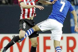 El Athletic contrarresta a un enorme Raúl