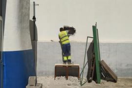 La Policía Nacional investiga el robo con butrón en un negocio de electrodomésticos de Ibiza