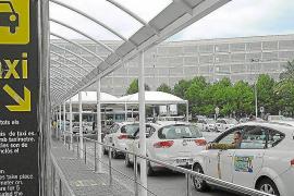 Cort creará una aplicación móvil de taxis para detectar las deficiencias del servicio