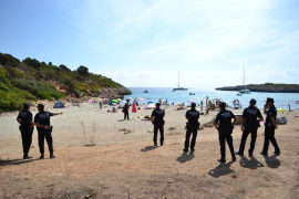 El Constitucional avala la figura de los policías locales interinos
