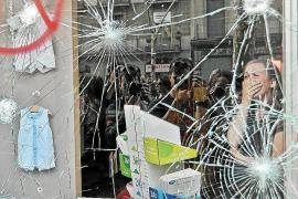 Prisión para tres de los detenidos en los disturbios de Barcelona el 29-M