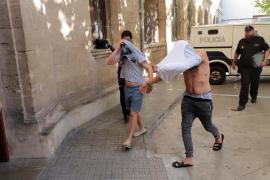 Prisión para el hombre detenido por intentar secuestrar a una joven en la Plaza de España
