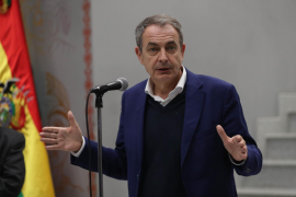 Zapatero pide a la izquierda que pacte con cualquier fórmula tras el 10N