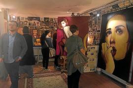 El pintor Carlos Prieto inaugura con éxito su primera exposición en Roma