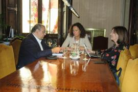 Catalina Cladera, Alfonso Rodríguez y Nati Francés.