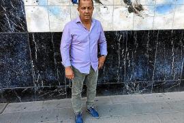 Emil Briones: «Los militares pueden tomar el país y dar un golpe de Estado en Ecuador»