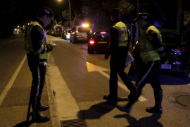 Persecución en Palma de un coche con cuatro jóvenes que escapó de la policía