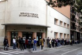 El paro desciende un 2,27% en Balears en marzo