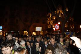 Concentración contra el juicio del proces a los líderes políticos y sociales catalanes