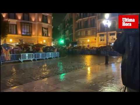 Protesta en Cort y en varios municipios de Mallorca contra la sentencia y por la libertad de los «presos políticos»