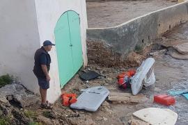 La tormenta provoca de madrugada importantes destrozos en el Port d'Andratx