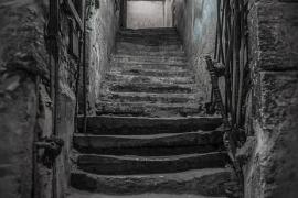 Una familia se ocultó 9 años en un sótano «a la espera del fin del mundo»