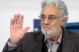 Plácido Domingo da su primera rueda de prensa tras las acusaciones de acoso en la que no hay preguntas sobre el escándalo